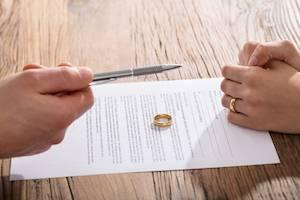 Inverness divorce enforcement attorney